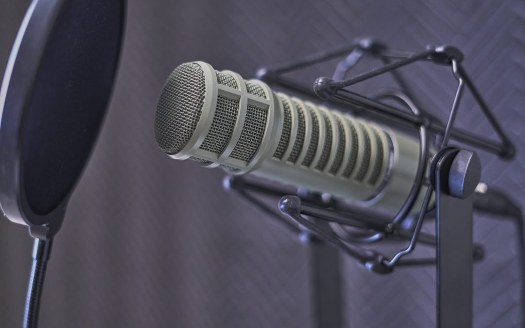 guest-podcast-equipment-ready-to-record-show